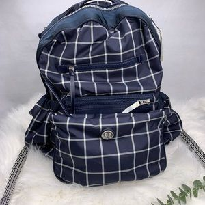 Lululemon backpack convertible to a crossbody prs